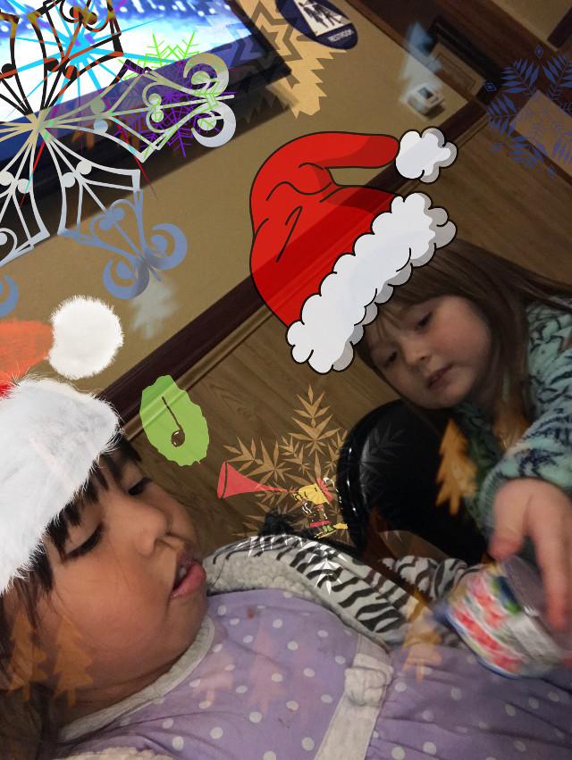 #christmas #family #dreaming #christmastime #snowflake #FreeToEdit #charliebrownchristmas #woodstock #santahat