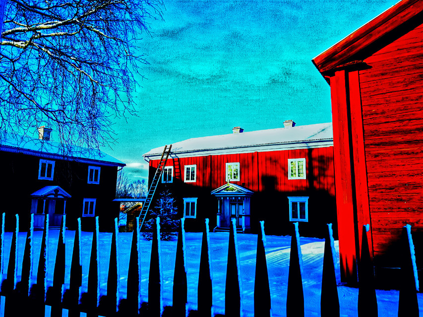 Old buildings in my home village, Edsbyn.  #hembygdsgårde #edsbyn #playwitheffects