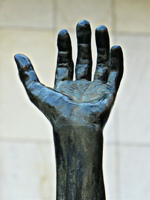 photography sculpture hand emotions minimalism freetoedit