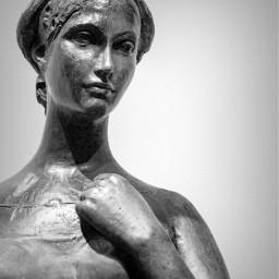 blackandwhite verona statue giulietta giuliettaeromeo